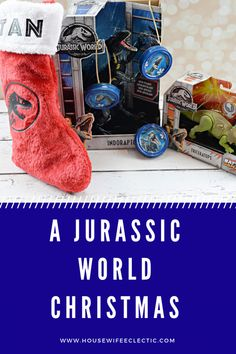 From a personalized Jurassic World Stocking, fun and easy Dinosaur ornaments to make with the kids and amazing toys. Find everything you need for a Jurassic World Christmas here. Jurassic World, Jurassic Park, Dinosaur Ornament, Dinosaur Facts, Anime Nerd, Paper Ornaments, Cool Toys, Kawaii Anime, Christmas Stockings