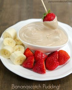 Bananascotch Pudding! - by Dreena Burton www.plantpoweredkitchen.com #vegan #glutenfree