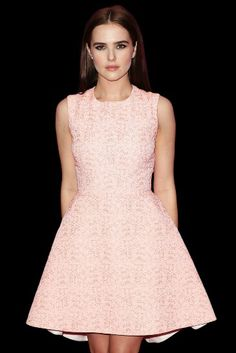 Zoey Deutch :)