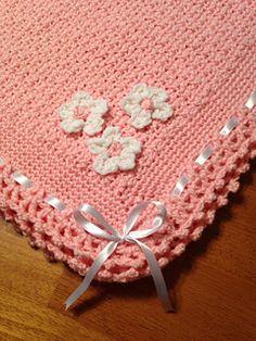 Dainty Textured baby blanket free crochet pattern