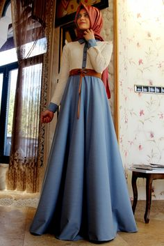Gamze Polat Mavi Stil Dantelli Kot Elbise cook güzel Long Skirt Fashion, Abaya Fashion, Modest Fashion, Fashion Dresses, Casual Party Dresses, Day Dresses, Nice Dresses, Muslim Women Fashion, Modele Hijab