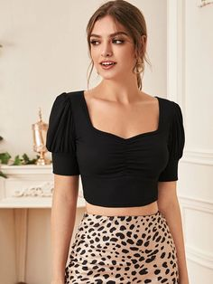 Crop Top Outfits, Cute Casual Outfits, Stylish Outfits, Indian Fashion Dresses, Teen Fashion Outfits, Girl Fashion, Blouse Designs Silk, Designer Party Wear Dresses, Trendy Tops