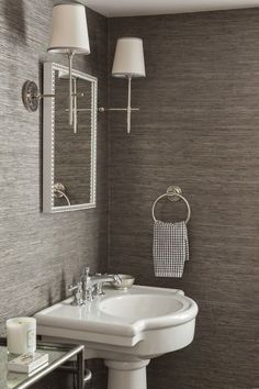 splashproof vinyl wallpaper for bathrooms and kitchens. durable wallpaper. Brisbane wallpaper installers. wallpaper trends 2015. bathroom wallpaper