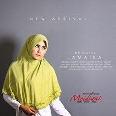 ilbab Medium Princess Jamaika Jilbab dari Meidiani cantik berbahan twist glitter dengan emboss dimodifikasi dengan ruffles dengan warna senada. Simple praktis dan pas untuk gaya casual sehari hari Tutorial Hijab Modern, Hijab Style Tutorial, Hijab Fashion, Princess, Medium, Hijab Fashion Style, Hijab Styles, Medium-length Hairstyle