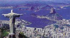 Rio de Janeiro is zonder twijfel de bekendste en mooiste stad van Brazilië. Rio staat bekend voor zijn carnaval, samba, voetbal, stranden en schoon volk.