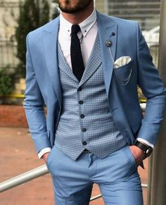 Men single breasted casual blazer uniq cloth ideas for wedding suits men navy grey bow ties wedding Mens Casual Suits, Dress Suits For Men, Mens Fashion Suits, Mens Suits Style, Dress Clothes For Men, Suit Styles For Men, Mens Blazer Styles, Prom Suits For Men, Clothes Swag