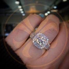 18K White Gold Finish Halo Style Diamonds Engagement Wedding Ring Vintage Design #parasexports #HaloEngagementRing