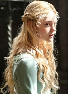 YA heroine | Blonde curls | Light hair | Fantasy princess | Character inspiration