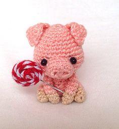 Willie the Pig pattern by Lan Lien