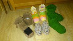 Zapatos compañeros de los gorros león caballo y dragón