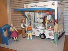 Doreen's Miniature Projects and Tuts: Hamburger Concession Stand