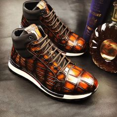 Alligator leather walking sneakers lightweight running shoes for sale, These fashion alligator leather shoes for men can be not only worn as lightweight sneakers and loafers but also perfect for casual. Mens Fashion Shoes, Nike Fashion, Sneakers Fashion, Top Shoes, Me Too Shoes, Sneaker Dress Shoes, Nike Style, Lightweight Running Shoes, Superfly