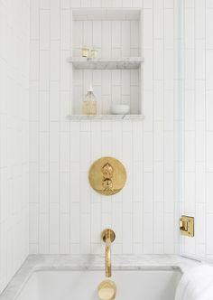 How to Make Subway Tile Look Classic, Not Basic Bathroom Interior Design, Modern Interior Design, Modern Decor, Interior Decorating, Decorating Games, Decorating Websites, Modern Interiors, Subway Tile Showers, Subway Tiles