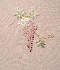 Wonderful Ribbon Embroidery Flowers by Hand Ideas. Enchanting Ribbon Embroidery Flowers by Hand Ideas. Brazilian Embroidery Stitches, Simple Embroidery, Japanese Embroidery, Embroidery Patterns Free, Silk Ribbon Embroidery, Hand Embroidery Designs, Vintage Embroidery, Embroidery Kits, Cross Stitch Embroidery