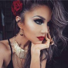 "Huda Kattan on Instagram: ""Stunning @auroramakeup ❤️❤️❤️ @shophudabeauty lashes in Scarlett"""