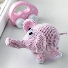 Hækl en sød lyserød elefant af dine garnrester.