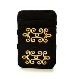 JT Magic Wallet Vitoriana Color: Golden  #couro #bordado #fashion #accessories #moda #style #design #acessorios #leather #joicetanabe #carteira #carteiramagica #courolegitimo #wallet