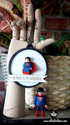 Lego , lego diy, figuras lego, decoracion lego, regalos con lego ... Lego Lego, Christmas Ornaments, Holiday Decor, Diy, Ideas, Home Decor, Lego Christmas, Blue Prints, Manualidades
