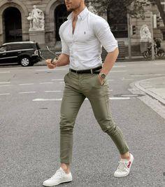 👑#Hunter_qureshi Insta_i'd_shahrukhqureshi86👈 Stylish Men, Men Casual, Fashion Menswear, Fashion Suits, White Shirt Outfits, White Shirt Men, Man Dressing Style, Fashion Moda, Men's Fashion