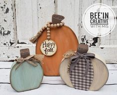 Fall Wood Crafts, Pumpkin Crafts, Country Wood Crafts, Easy Fall Crafts, Fun Crafts, Rustic Fall Decor, Fall Home Decor, Fete Halloween, Halloween Crafts