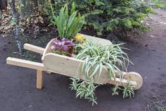 This detailed article is about 10 absolutely free garden planter box plans. Use these plans to build a decorative planter box for your front porch, a nice pergola with planter for the garden or even a nice waist high vegetable planter. Decorative Planters, Wooden Planters, Diy Planters, Planter Ideas, Wooden Garden, Planter Box Plans, Garden Planter Boxes, Wheelbarrow Planter, Wagon Planter