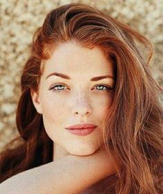 Klasse Sommersprossen - The Effective Pictures We Offer You About red hair w Beautiful Red Hair, Beautiful Eyes, Red Hair Freckles, Red Heads Women, Natural Red Hair, Red Hair Woman, Peinados Pin Up, Girls With Red Hair, Hair Girls