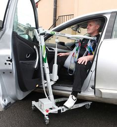 The SUAS 140s is a compact and portable hoist suitable for lifting people up to a weight of 140kg. It can be used indoors and outdoors on suitable surfaces and can even lift someone into the front or back seat of most cars. The hoist can be quickly dismantled into 4 main components for simple transportation. It is so compact that it can be easily wheeled by one person and stored in a small car boot or the hold of an aeroplane, coach or train.