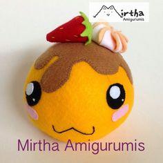Mochi plush toy by @cyclabrujita and @Mirtha Tromp Amigurumis / Ecuador. #mochi #dango #plushtoy #plushie #felt  #dangofelt #sweet #cake #food