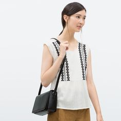 Image 2 of LEATHER MESSENGER BAG from Zara