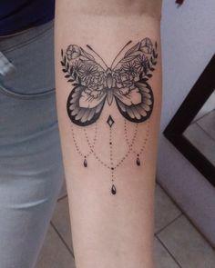 Trendy Tattoos, Mini Tattoos, Cute Tattoos, 3d Flower Tattoos, Butterfly Thigh Tattoo, Butterfly Tattoo Designs, Tattoo Sleeve Designs, Tattoo Designs Men, Tattoo Femeninos