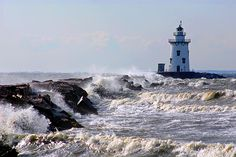 Photos in Old Saybrook, CT - Saybrook Breakwater Lighthouse, Connecticut
