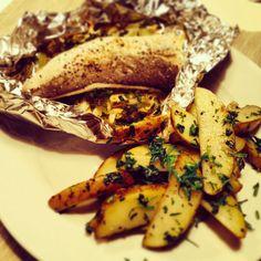 Heekfilet uit de oven met pastinaakslierten, venkel en gebakken aardappelpartjes met peterselie van HelloFresh.