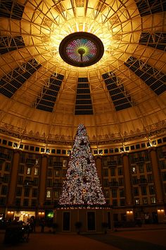 Christmas at West Baden Springs Hotel, Indiana via flickr