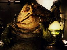 See the amazing tech behind the original Jabba the Hutt puppet which managed to fit 4 people inside of it Star Wars History, Smoke Tricks, Haha, Hookah Pipes, Jabba The Hutt, Star Wars Characters, Movie Characters, Science Fiction, Real Life