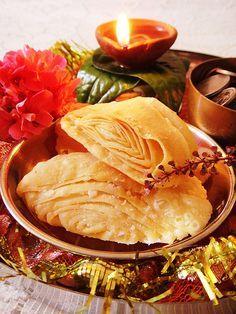 Diwali 2013 – Khaja/ Indian Mille-Feuille | Heaven on a Spoon
