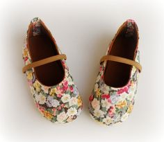 Green Shabby Chic Baby Girl Shoes, Toddler  Ballerina, Floral Vintage style Shoes for little girls on Etsy, $38.00