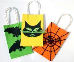Halloween Treat Bags ☮❥•.¸¸