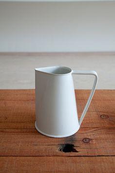 Ando Masanobu. Ceramic pitcher.