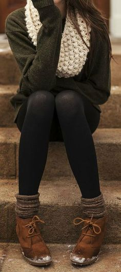 #Winter #Fashion This outfits a d o r a b l e! I love the comfy-cozy fall look.