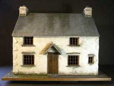 incredible miniature house from Herdwick-landscapes Pottery Houses, Ceramic Houses, Antique Dollhouse, Dollhouse Miniatures, Fairy Houses, Doll Houses, Fairy Doors, Loft Spaces, Miniature Houses
