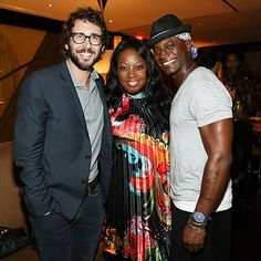 Josh Groban couldn't have looked more dapper rockin' a scruffy beard, navy blazer and vintage-inspired square specs!