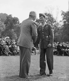 President Harry S. Truman presents the Congressional Medal of Honor to Cpl. Desmond T. Doss, 12 October U. Army Photo, Records of the Virginia World War II History Commission, Miscellaneous Material, Box Folder Accession State Record Desmond T Doss, Conscientious Objector, Photo Record, Medal Of Honor Recipients, Hero World, Beautiful Stories, World War Two, I Movie, Wwii