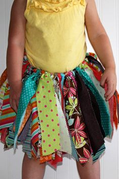 Fabric Scrap Tutu: great gift for the girl that likes to play dress up!
