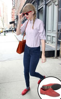 Taylor Swift's custom oxford shoes!