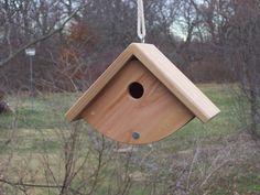 Building Bird Houses, Cool Bird Houses, Wooden Bird Houses, Decorative Bird Houses, Cool Woodworking Projects, Wood Projects, Birdhouse Designs, Birdhouse Ideas, Bird House Plans Free