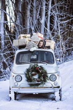 White Christmas in Fiat 500 Christmas Time Is Here, Merry Little Christmas, Noel Christmas, Christmas And New Year, Winter Christmas, All Things Christmas, Vintage Christmas, Driving Home For Christmas, Merry Xmas