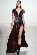 John Galliano Fall 2014 Ready-to-Wear Collection on Style.com: Complete Collection