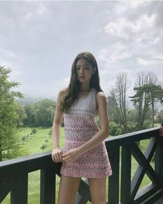 Kim Jennie of Blackpink Kim Jennie, Blackpink Fashion, Korean Fashion, Korean Girl, Asian Girl, Kpop Mode, Kim Jisoo, Stunning Dresses, Kpop Girls