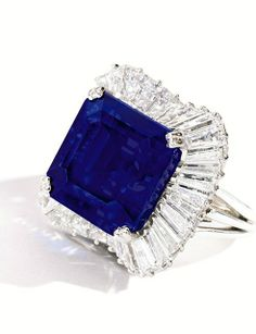 Exceptional Platinum, Sapphire and Diamond Ring. Estimate $4/5 million. Sold for $5,093,000 / $180,731 per carat. Photo: Sotheby's.