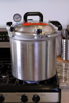 Pressure Canning Starter Wort by The Mad Fermentationist